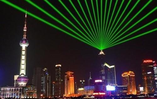 户外水幕激光灯的优势所在有哪些?