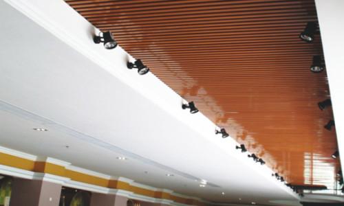 使用木纹铝单板时需要注意的问题