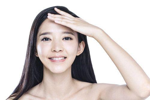 选择广州化妆品工厂需要考虑哪些因素