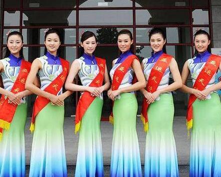 选择杭州礼仪模特要关注什么呢?