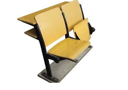 在校用家具生产厂家买家具的三个重要事项!