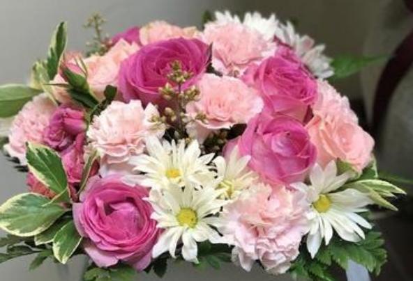 花艺培训告诉您各类花材如何搭配