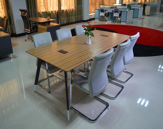 办公家具生产厂家家具的日常养护注意事项