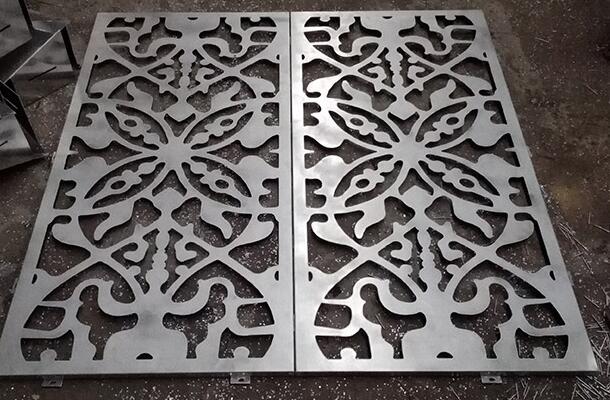 决定冲孔铝单板外观的因素有哪些?