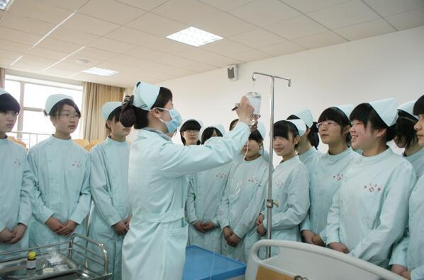 哪些方面体现了合肥护理专业学校实力雄厚