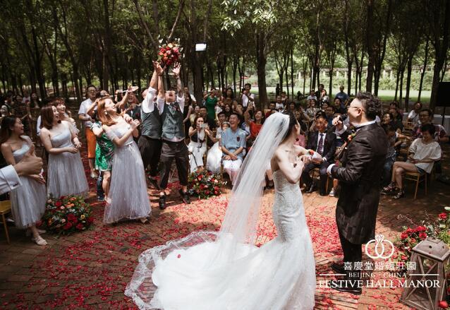 挑选高端主题婚礼设计机构的原则有哪些