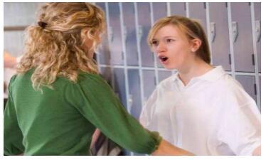 戒网瘾学校提醒哪些孩子容易出现网瘾?