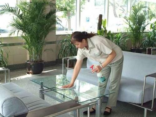 上海保洁托管工作的注意点有哪些