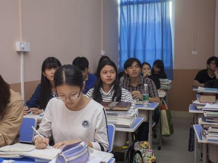 为什么深圳高职培训班越来越受欢迎