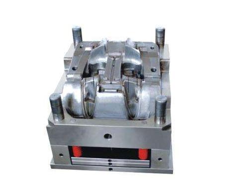 选CNC雕刻加工厂家的几个技巧