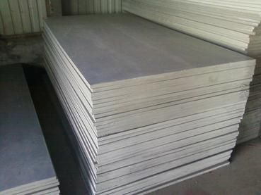 如何选择PVC硬板生产商