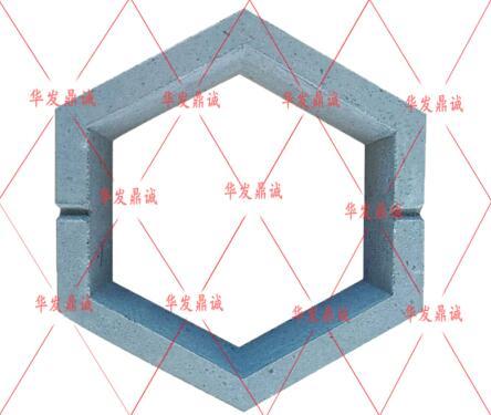 护坡砖生产厂家介绍:连锁式护坡砖具备的特点