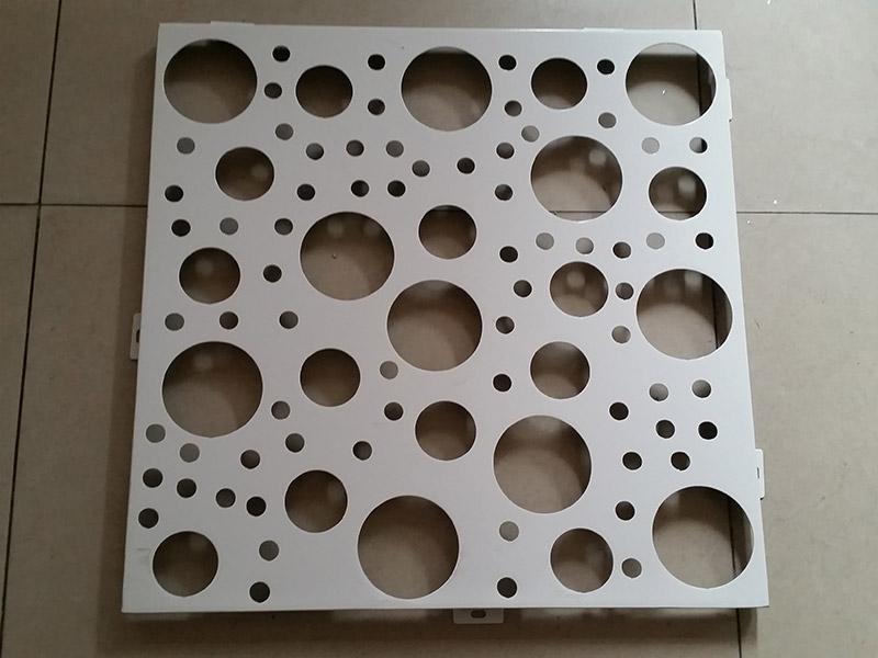 如何选择双曲铝单板?