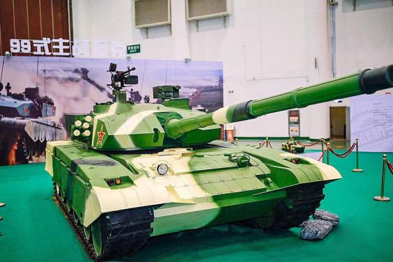 军事展览馆应如何购置模型坦克
