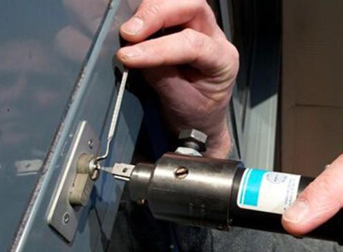 选择郑州修锁换锁服务的重要性