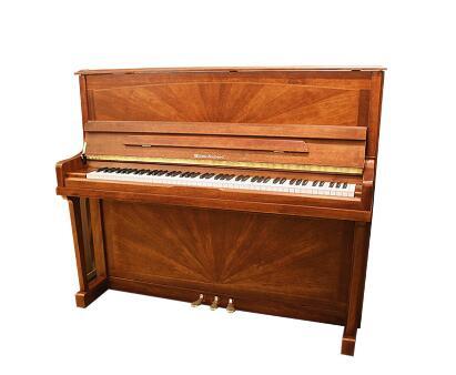 上海乐器直销指导:如何选择适宜的钢琴