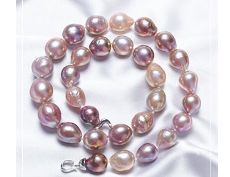 珍珠项链加盟商解读如何挑选珍珠项链