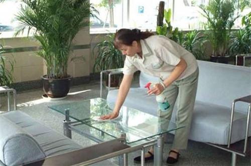 如何选择上海精保洁公司?