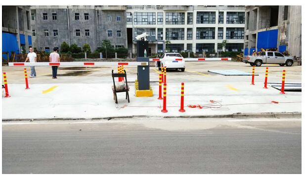 停车管理系统主要利用了哪些技术
