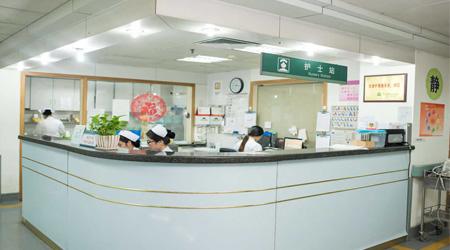 在合肥护士学校选择专业时都需要考虑到哪些问题?