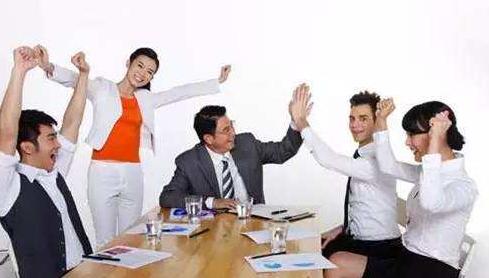 如何选择雇主担保移民中介呢?