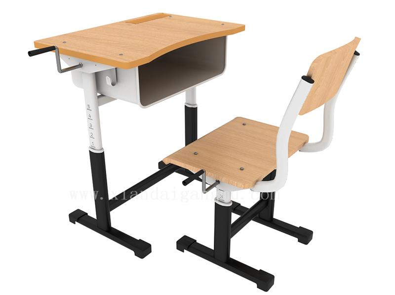 选择课桌椅生产厂家需注意哪些方面?