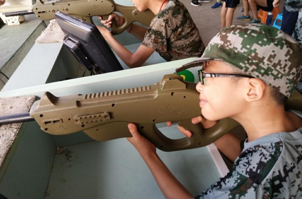 孩子参加军事夏令营的好处有哪些