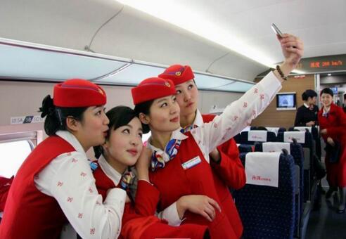 选择安徽高铁乘务专业学校可以借鉴哪些经验