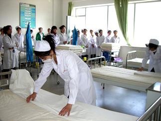 为什么许多人会选择就读护士学校