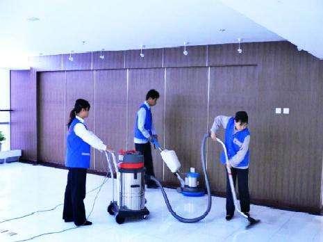 选择上海保洁托管的好处有哪些