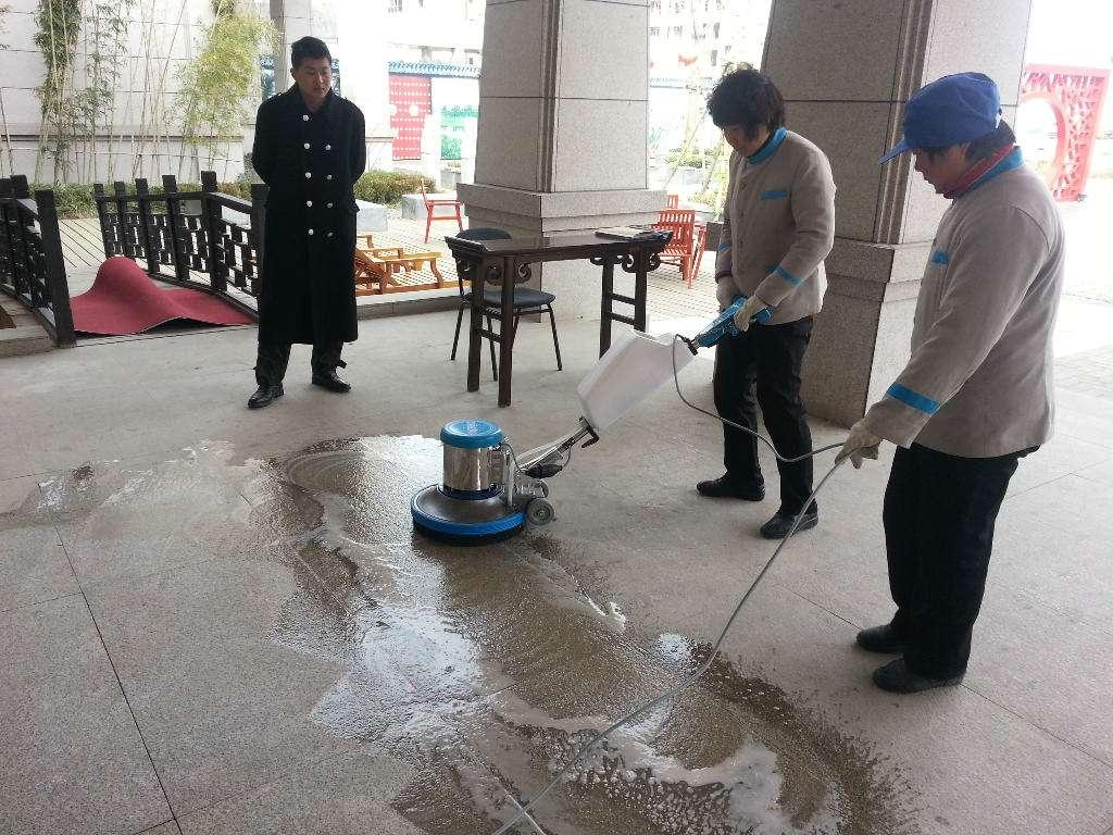 选择上海保洁托管可以从哪些方面入手