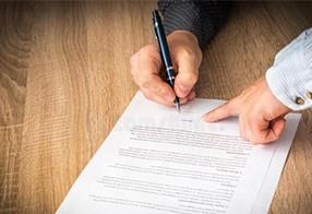 选择合同律师有哪些因素需要考虑