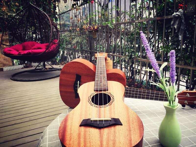 选择成都吉他培训需要注意哪些方面